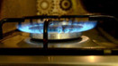İki yılda 20 milyon kişiye elektrik-gaz kesintisi