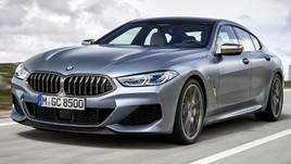 BMW 23 yıl sonra logosunu değiştirdi