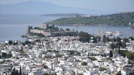 Ege ve Akdeniz'de 447 imar belgesi iptal!