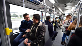 İBB'den trafiğe karşı 300 ek metrobüs seferi