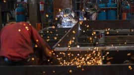 Sanayi üretimi yıllık bazda azaldı