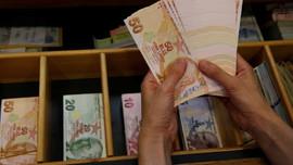 Bütçe, ağustosta 576.3 milyon lira fazla verdi