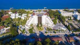Antalya'daki ünlü otel icradan yarı fiyatına!