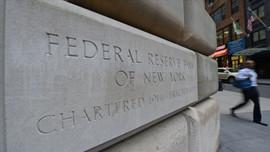 Fed'in o hamlesi doların hızını kesti!
