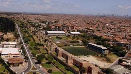 Fatih'te 30 milyon TL'ye satılık apartman!