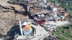 İzmir'de heyelan nedeniyle evler boşaltıldı
