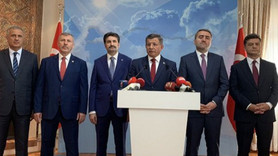 Davutoğlu AK Parti'den istifa etti