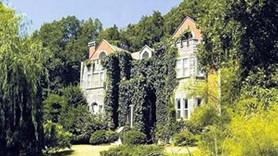 Hangi ünlü sosyetik aile evini diziye kiraya verdi?