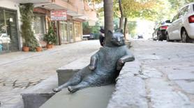 İnternet fenomeni Tombili'nin heykeli yapıldı
