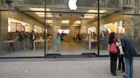 İPhone mağazalarını yeniliyor!