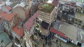 Tarihi handaki kaçak yapılar yıkıldı