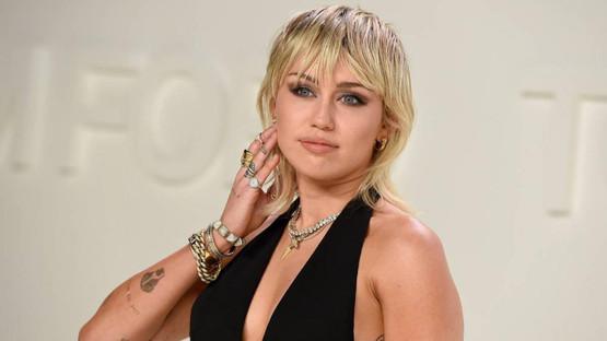 Miley Cyrus yeni bir malikane satın aldı!