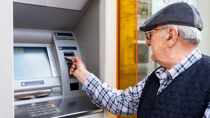Emeklilere 'kredi' konusunda uyarı! Maaşınız elden gidebilir
