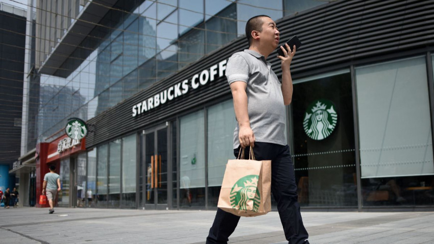 Starbucks virüs nedeniyle 2 bin şube kapattı