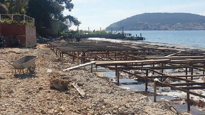 Heybeliada'da plaja 50 ton beton döküldü