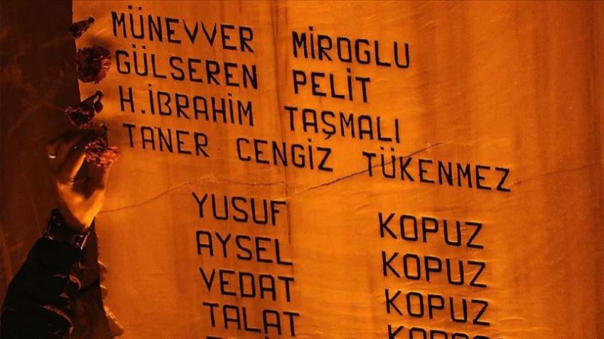 Marmara depreminde yaşamını yitirenler anıldı