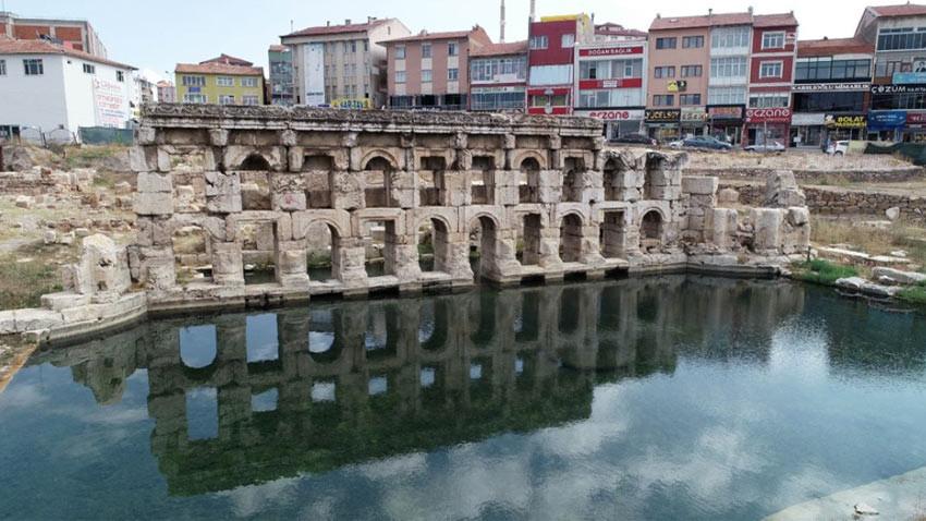 Yozgat'taki Roma kral hamamının kapısına kilit vuruldu