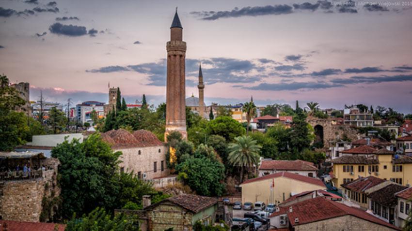 Antalya arkeoparkına kavuşuyor! Yivli Minare ve çevresi arkeopark olacak
