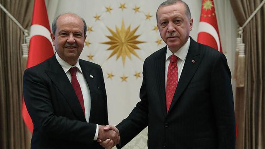 Cumhurbaşkanı Erdoğan Ersin Tatar'ı telefonla aradı. Anlamlı ilk mesaj!