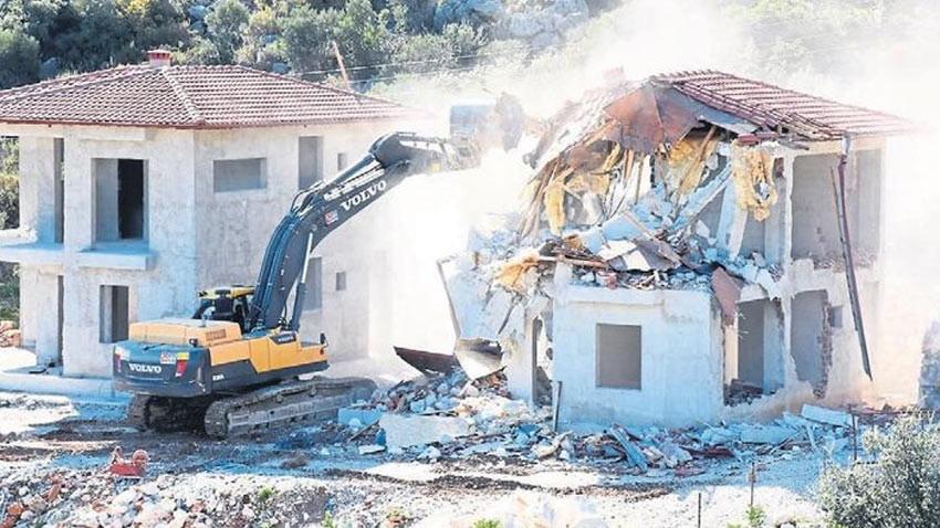 Alanya ve Kaş'ta yabancıların kaçak villalarına yıkım!