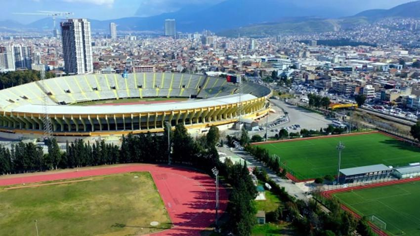 Depremden zarar gören İzmir Atatürk Stadı yıkılacak mı?