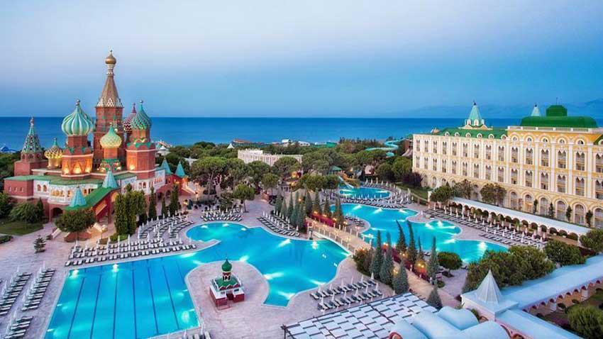 Pandeminin etkisi: Antalya otellerinde elektrik tüketimi yarıya indi