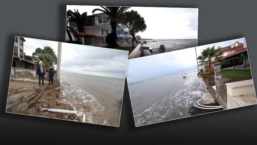 Ayvalık'ta evler denize kayıyor! Halk korku içinde