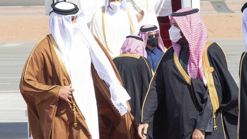 Katar'a ambargo kalktı! Körfezde kucaklaşma yaşandı...