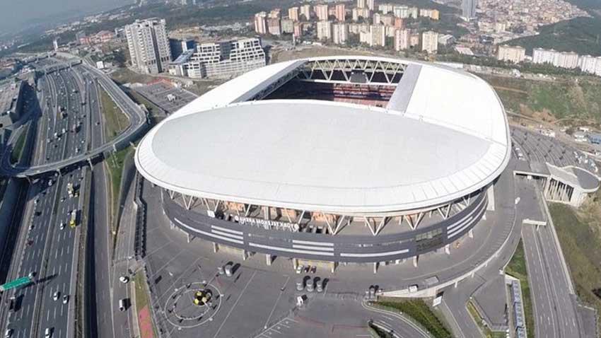 Galatasaray'ın Türk Telekom Stadyumu çatısında elektrik üretilecek