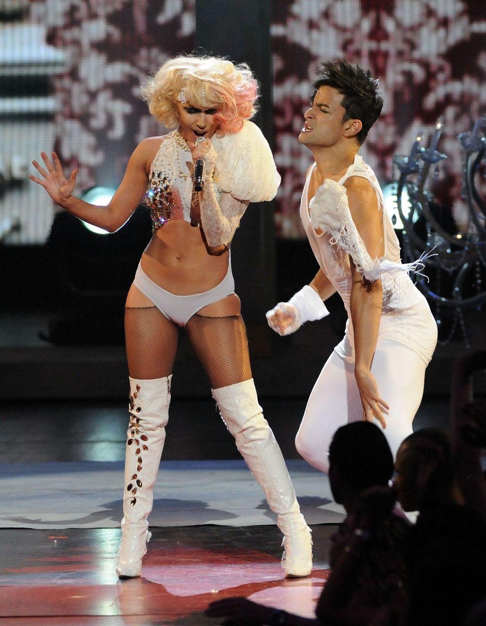Lady Gaga, muhteşem eviyle hayran bıraktı! - Sayfa 1