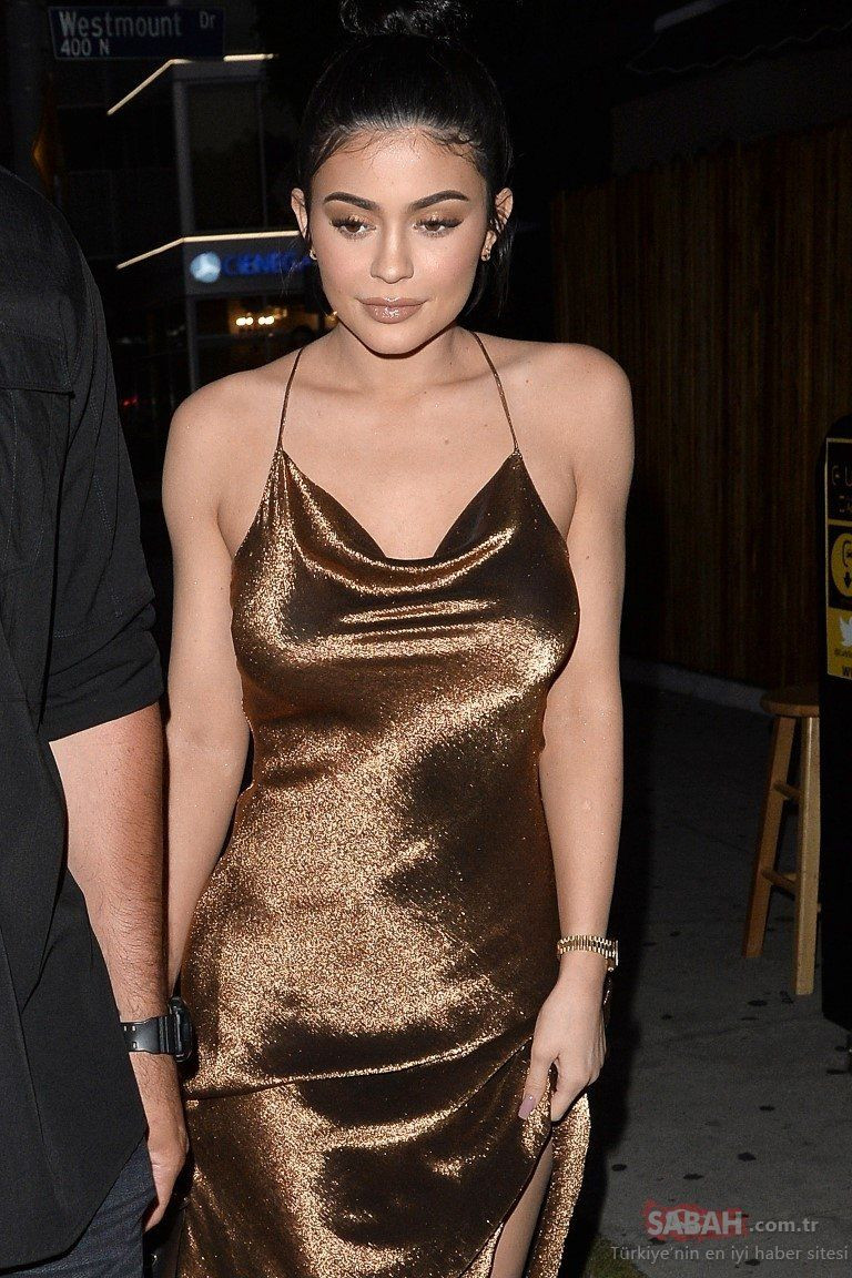 Kylie Jenner evinin kapılarını ilk kez açtı! - Sayfa 1