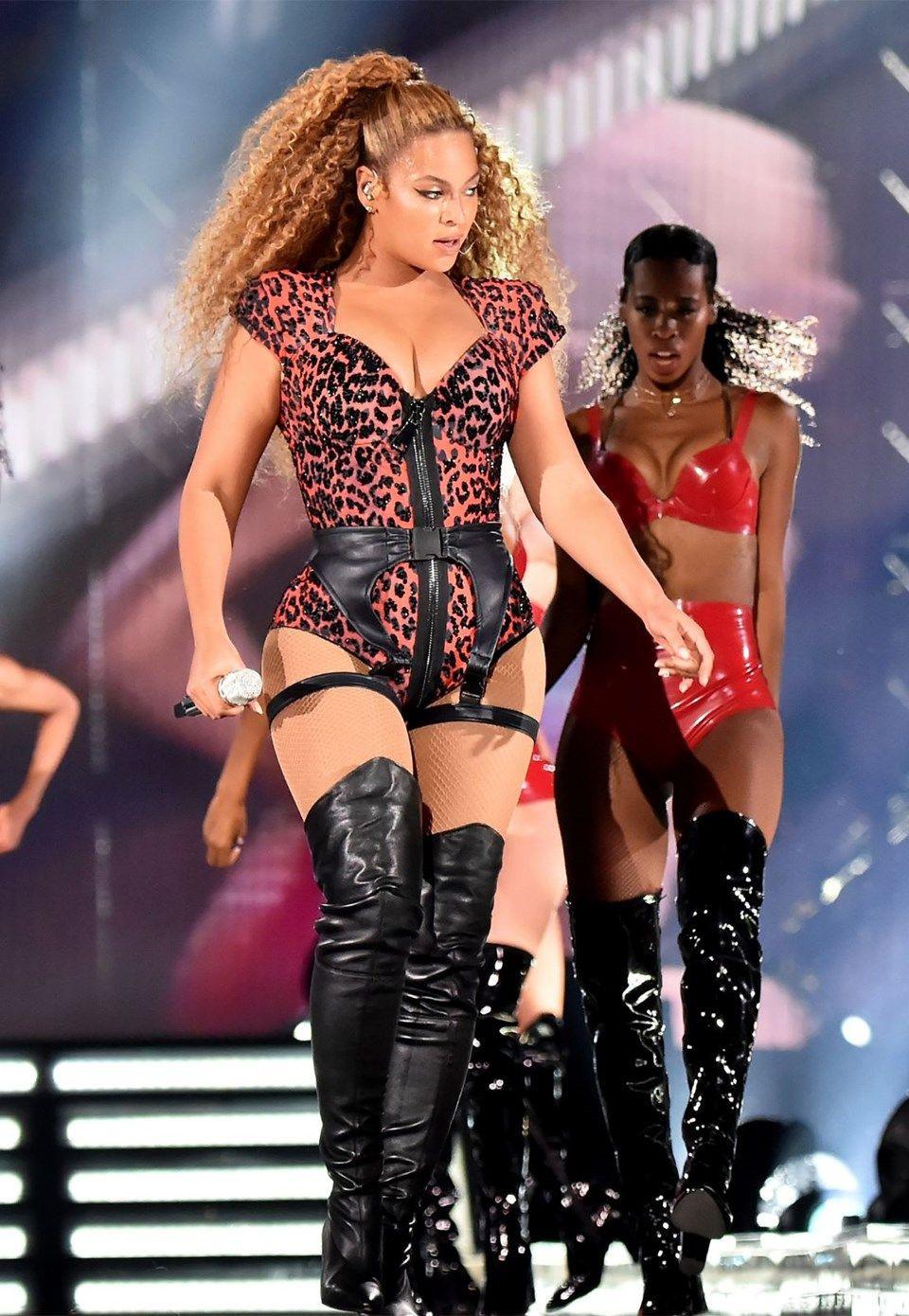 Beyonce 26 milyon dolara yazlık aldı - Sayfa 4