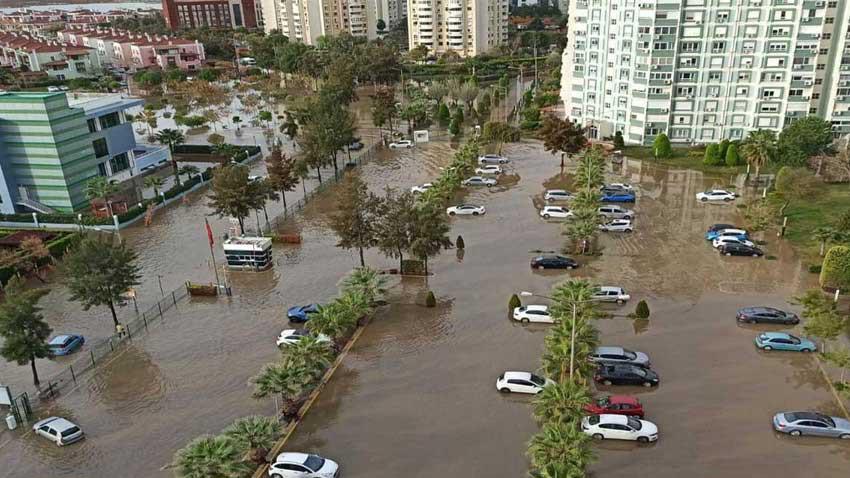 İzmir'deki selinin nedeni 6 metre mesafe... Yanlış yapılaşmanın sonucu felaketi getirdi